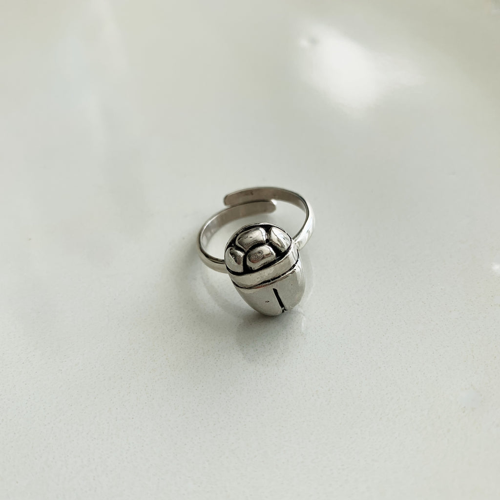 Beetle Ring - Silver