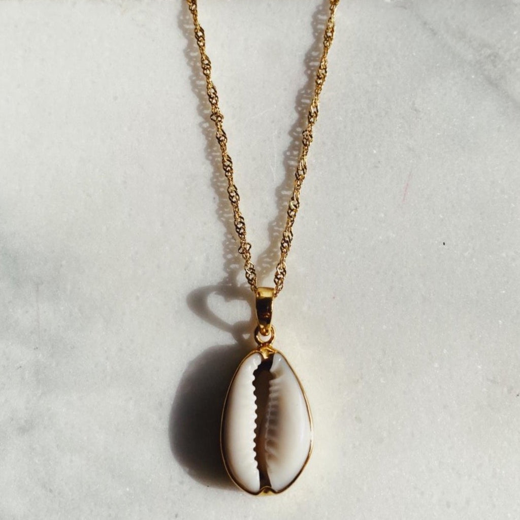 kauri shell necklace