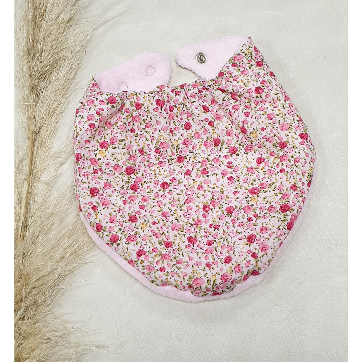 Baby Dribble Bibs - Pale Pink w/ small Pink Flowers