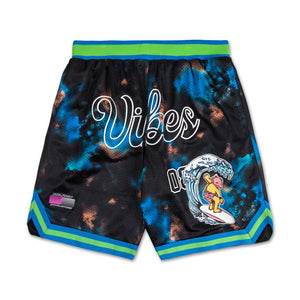 Rare Vibes Shorts in Black