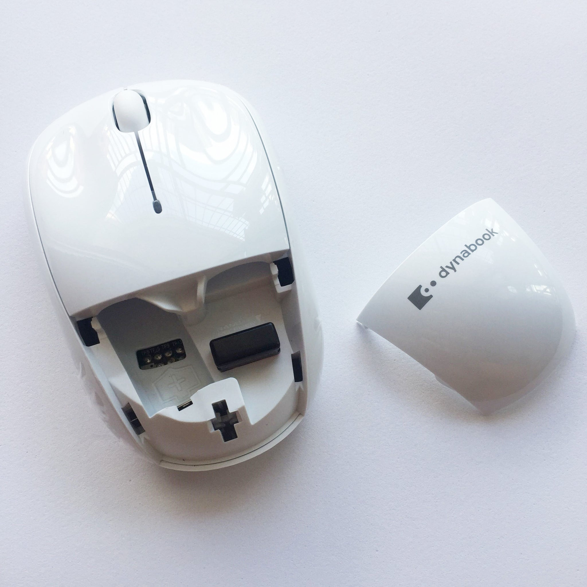 Toshiba Dynabook Wireless Laser Mouse Same To M215 with 10M