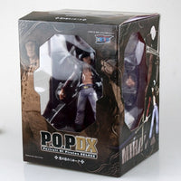 Dracule Mihawk  Action Figure POP - One Piece Gears