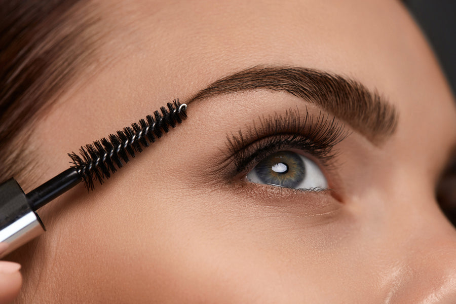 6 Mistakes You're Making When You Fill in Your Eyebrows