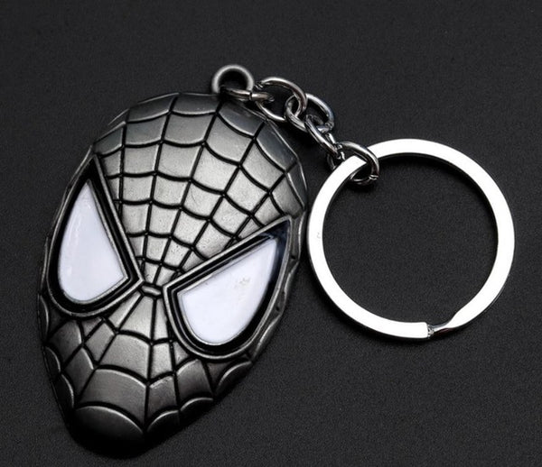 Hotomoto: Metal Marvel Avengers Captain America Shield Keychain Spider man Iron man Mask Keychain Toys Hulk Batman Keyring Key Gift Toys