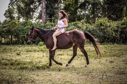 Lauren Brooks Horseriding