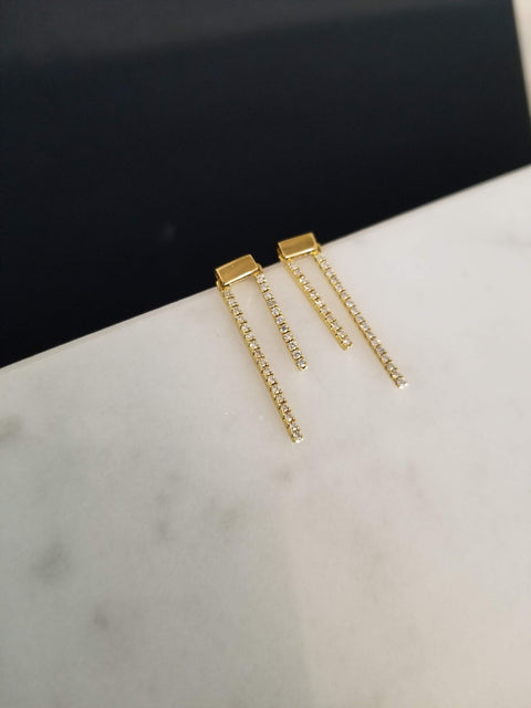 Yellow Gold Diamond Bar Earring