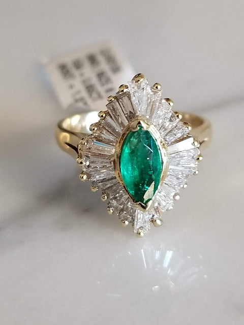 Vintage Art Decco Green Emerald Marquise Ring yellow gold vintage ring cocktail ring emerald ring
