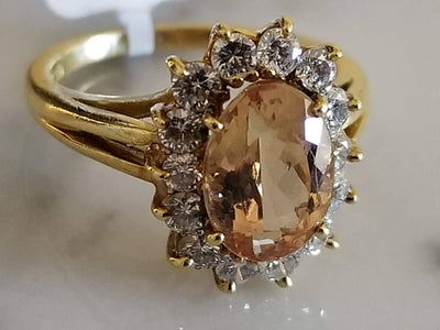 10x7mm Imperial Topaz 1.60ct Oval Ring