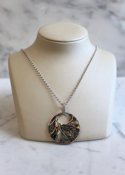 Large White Gold Mother Of Pearl Necklace