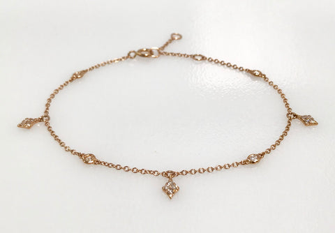 Rose Gold Bracelet with Round Diamonds