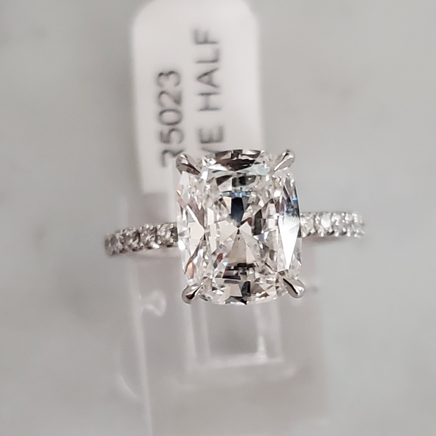 3.12 D-VS2 Cushion Brilliant Cut Diamond Ring