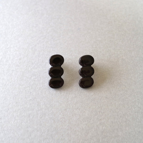 M.N Bean3 / Earrings / Black