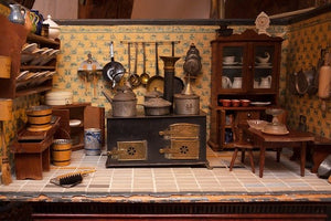 Use These Guidelines to Create a Family Dollhouse this Holiday Season | All For Xmas