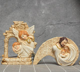 Nativity Scene - Praying For Baby Jesus | Christmas Decor