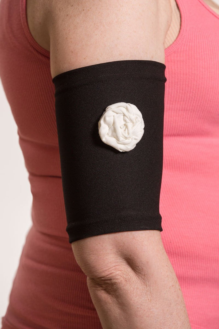 Black Picc Line Sleeve with Cream Rosette