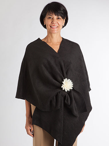 Black Fleece Wrap