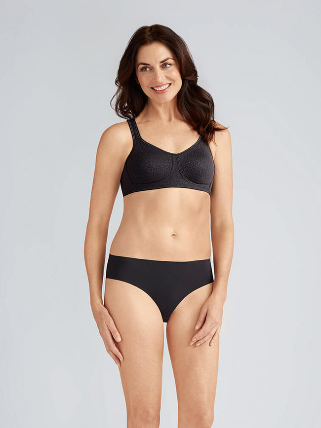 Mona Seamless Soft Cup Bra by Amoena