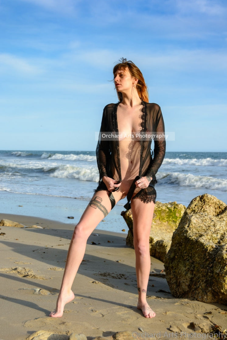 Melissa - Nude at the Beach - eBook