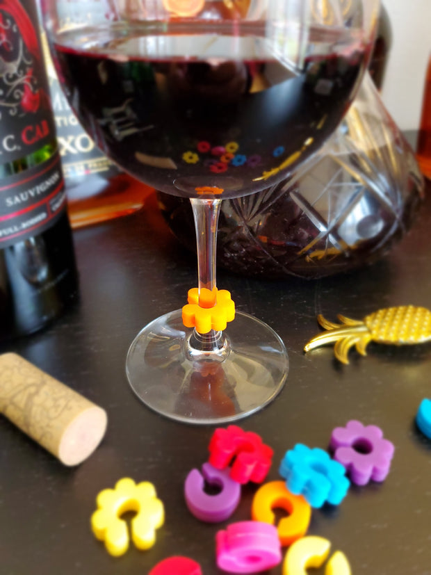 12 Piece Colorful Silicone Wine Glass Charms / Wine Glass Markers for all Cups
