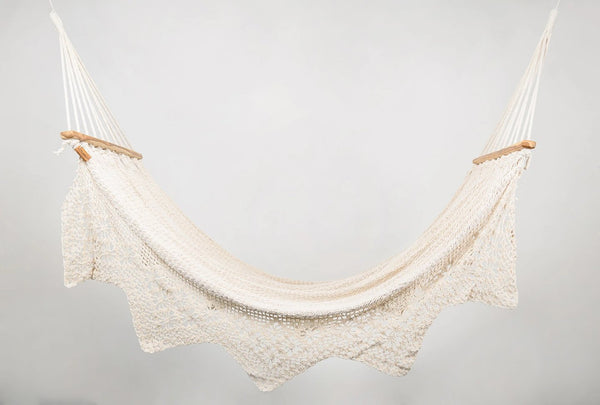 Boho Natural Cotton Hammock with Geometric Fringe (Wooden Bar)