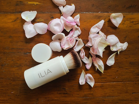 Ilia Moondance radiance powder