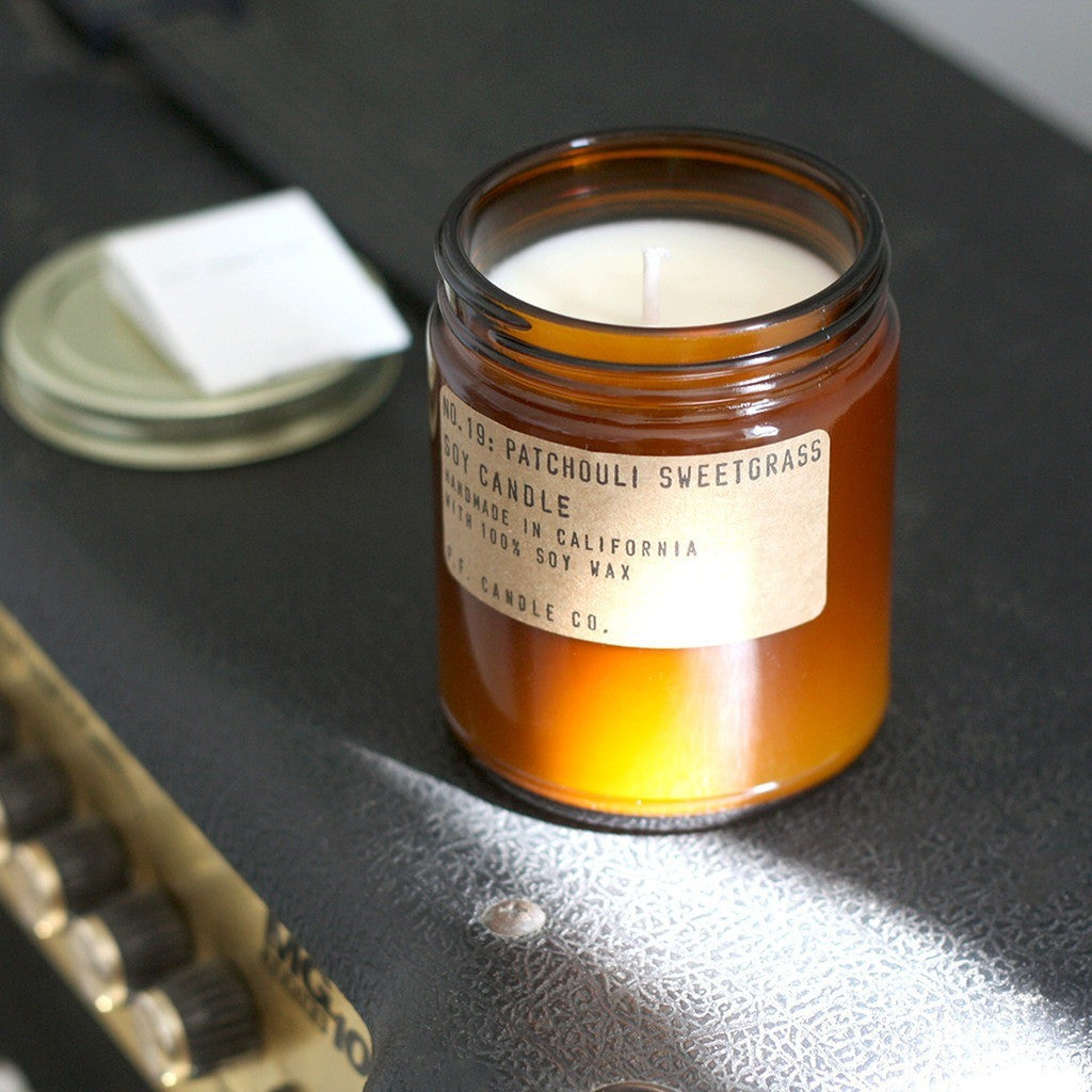 p.f candle co | patchouli sweetgrass candle[product_type ]p.f. candle co. - Kiss and Makeup