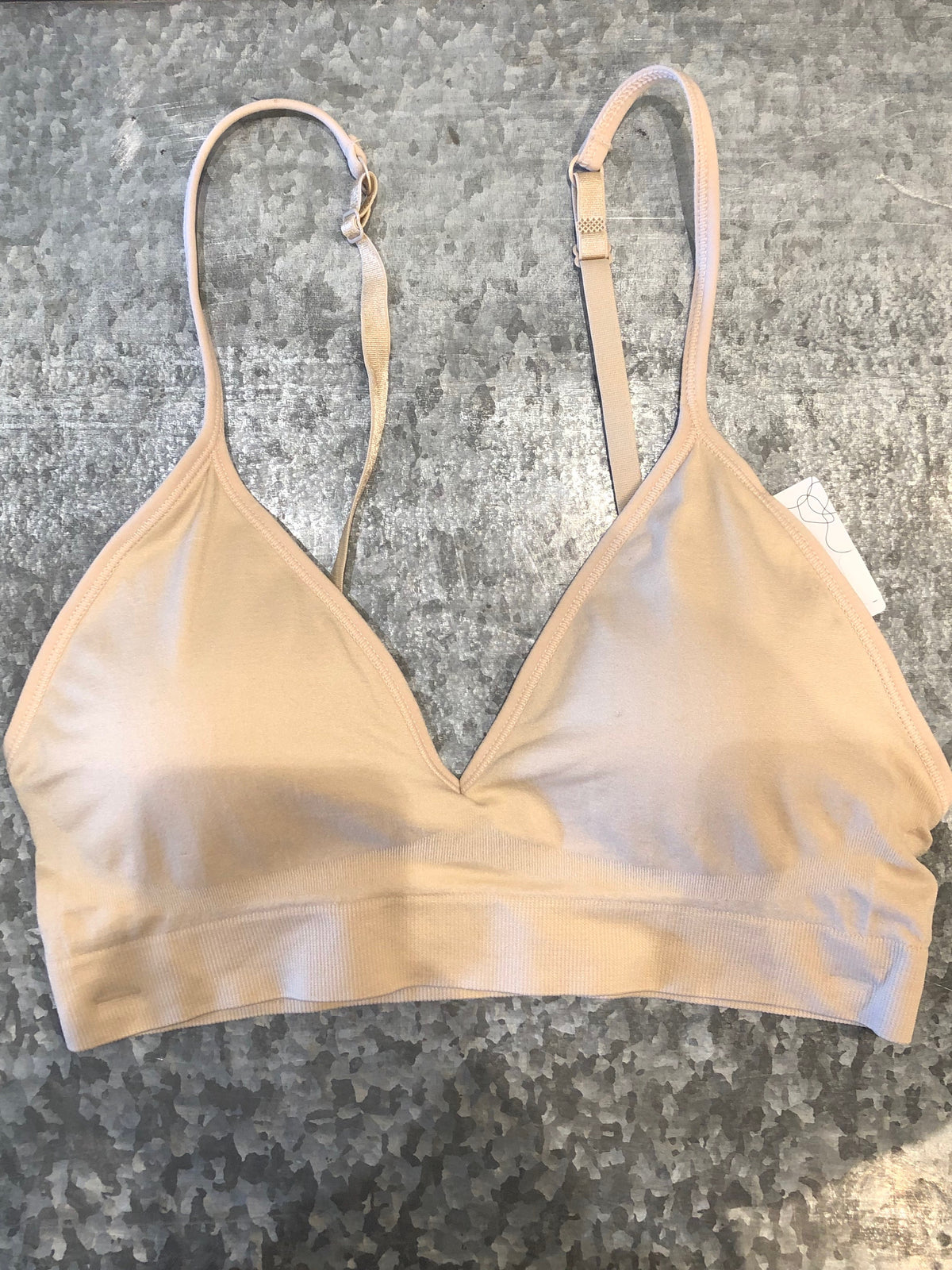 the mews | basic bra - m/l - KISS AND MAKEUP
