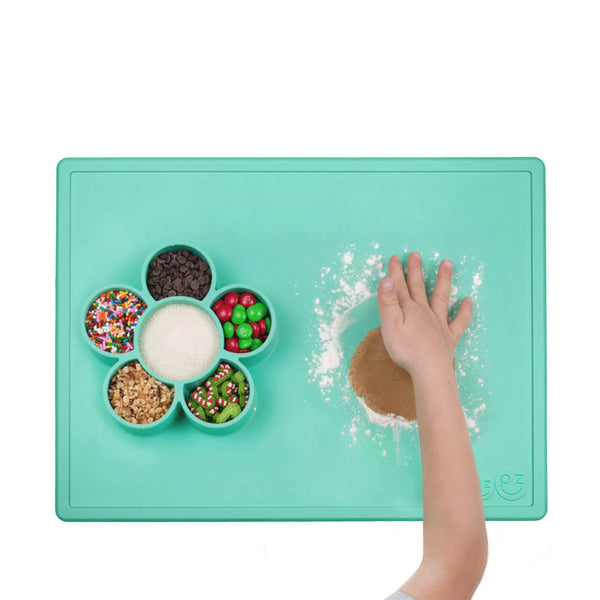 Play Mat (5-Pack) by ezpz / The Original All-In-One Silicone Plates & Placemats that Stick to the Table