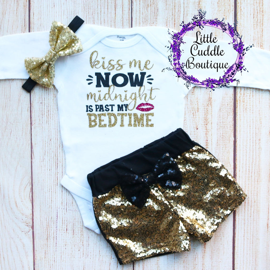 Kiss Me Now Midnight Is Past My Bedtime Shorts Outfit