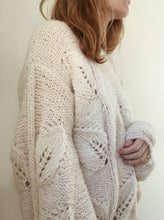 Load image into Gallery viewer, Sweater No. 3 - DE