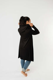 Between Seasons Cardigan In Black