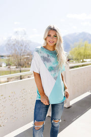 Cool Slice Of Tie Dye Top In Teal