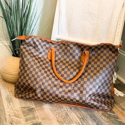 Lindsay checkered weekender bag
