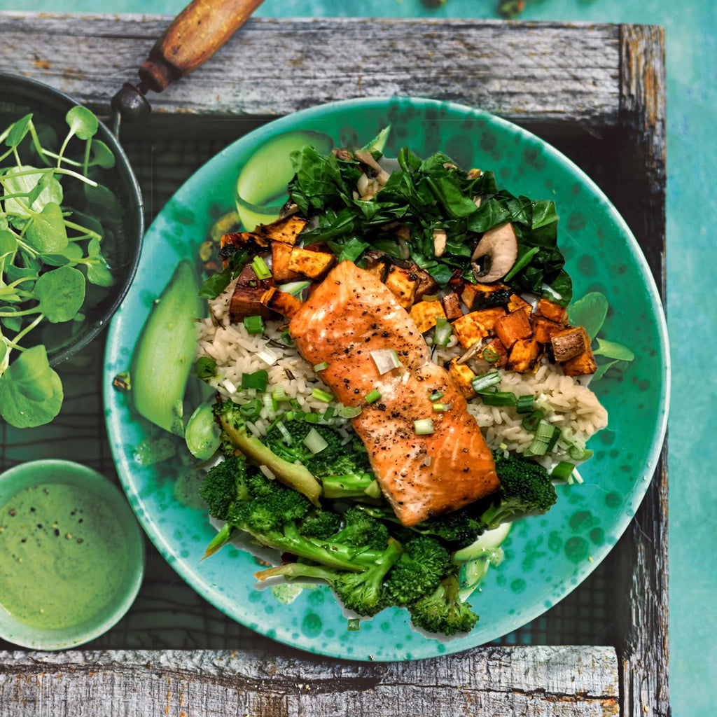 Sticky Glazed Teriyaki Salmon with Kale and Broccoli