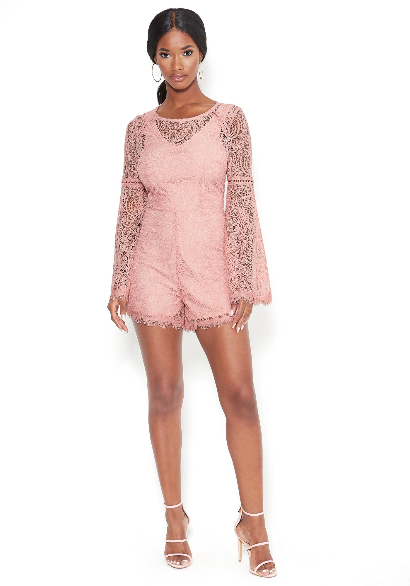 Bebe Women's Lace Flare Sleeve Romper, Size 00 in Mitsy Rose Polyester