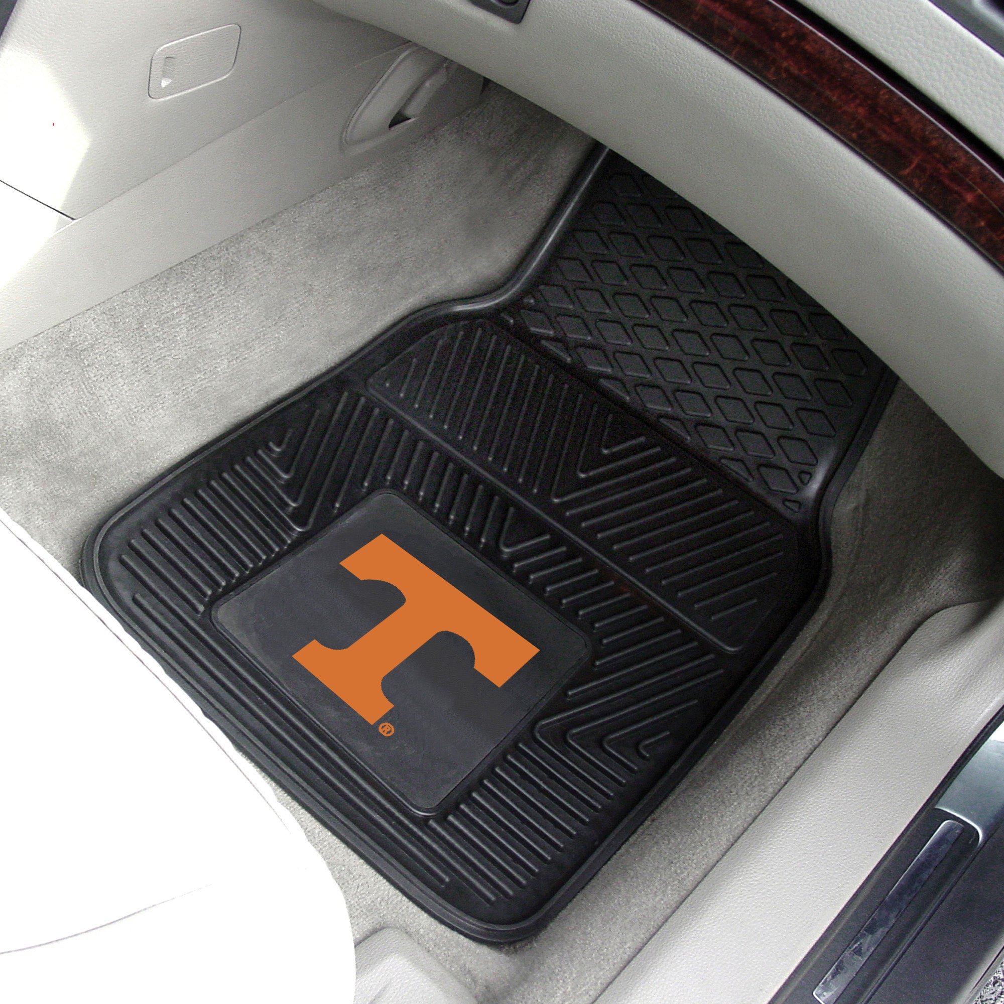University of Tennessee 2-pc Front Vinyl Car Mats