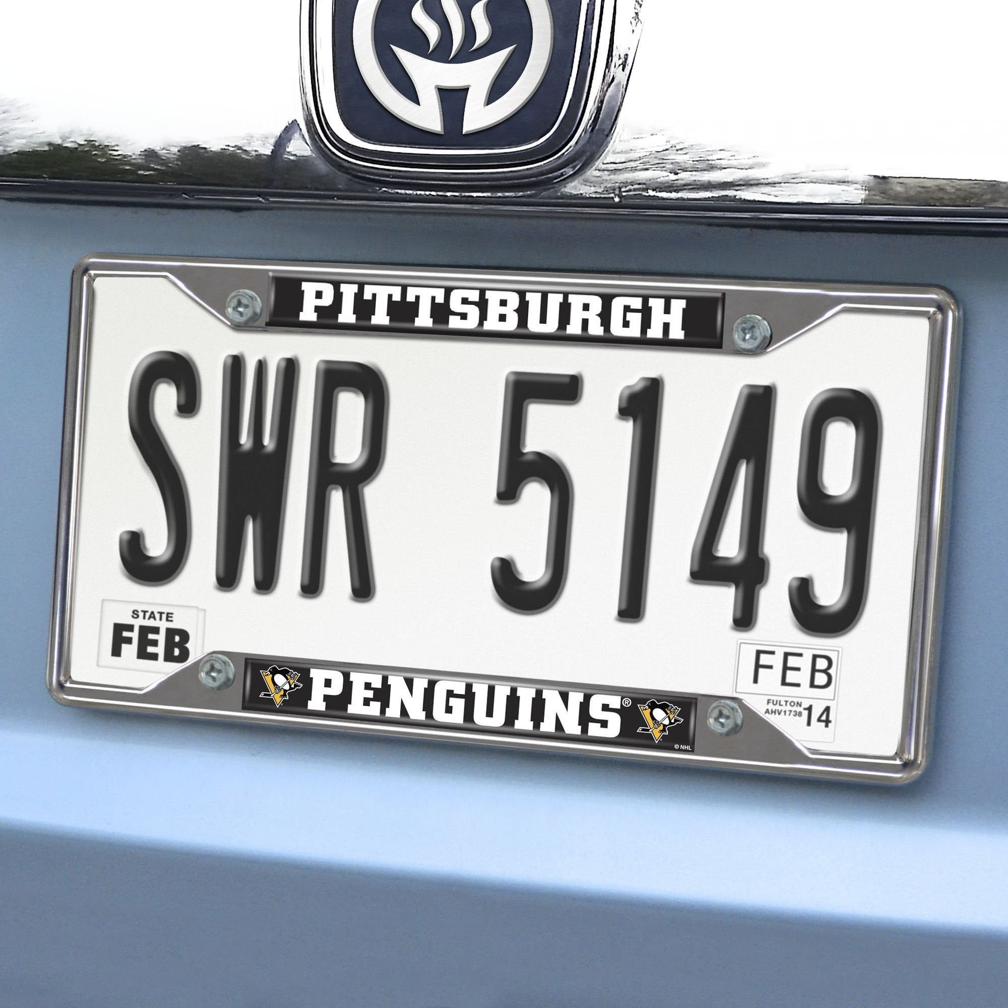NHL - Pittsburgh Penguins  License Plate Frame & Accessories