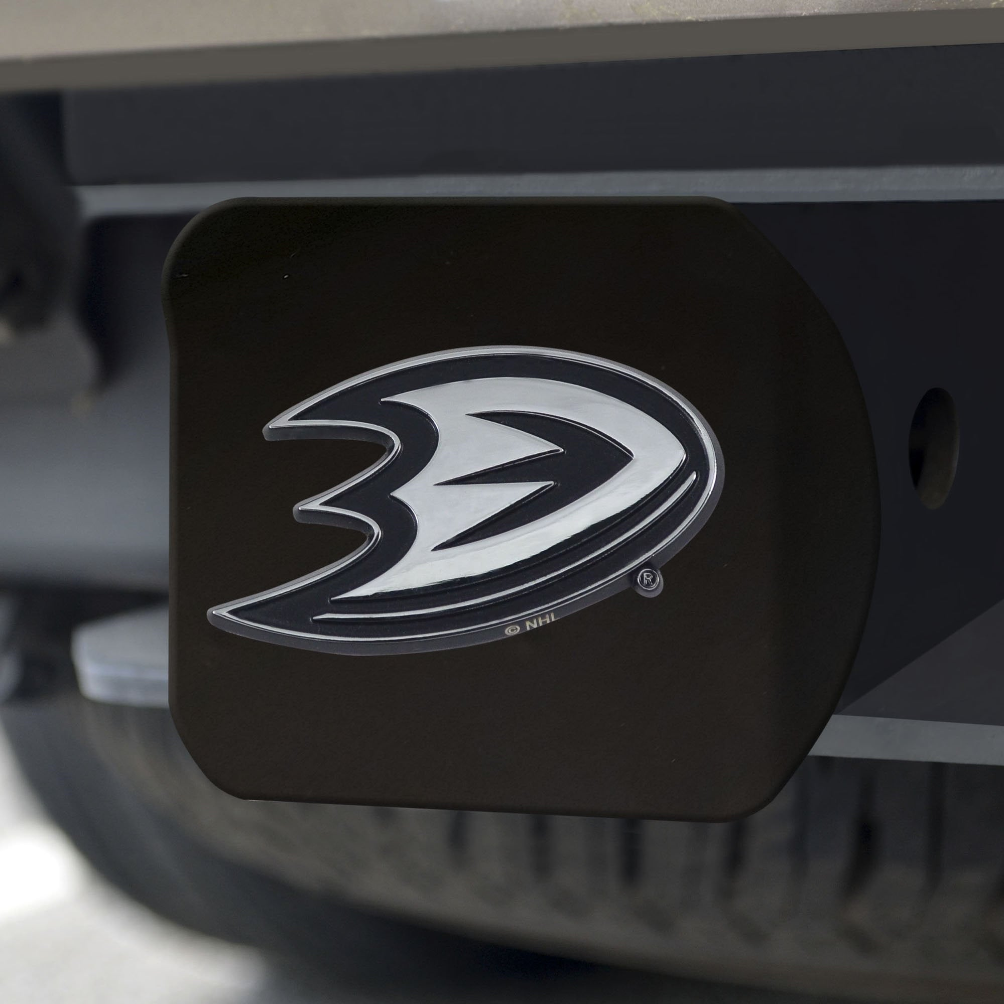 Anaheim Ducks Chrome Hitch Cover - Black 3.4