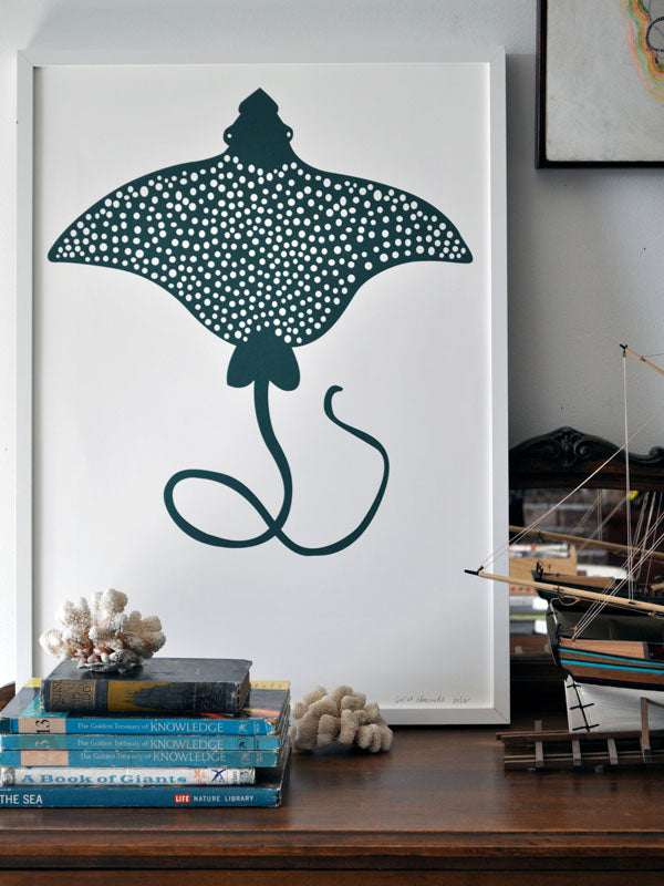 spotted eagle ray print