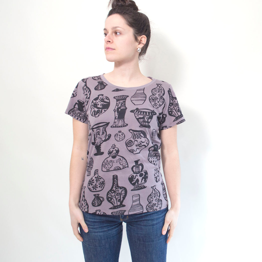 "Maggie Boyd x Banquet Workshop ""Vessels"" T-shirt in Black on Taupe"