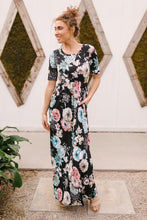 Load image into Gallery viewer, Date Night Maxi in Black