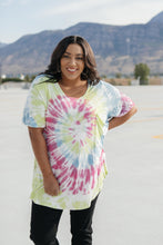 Load image into Gallery viewer, Sassy Swirl Tie Dye Tee In Hot Pink