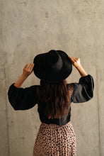 Load image into Gallery viewer, Suede In The Shade Hat In Black
