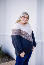 Load image into Gallery viewer, Chase The Chevron Top