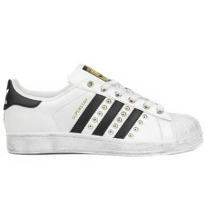 Adidas Superstar con Borchie