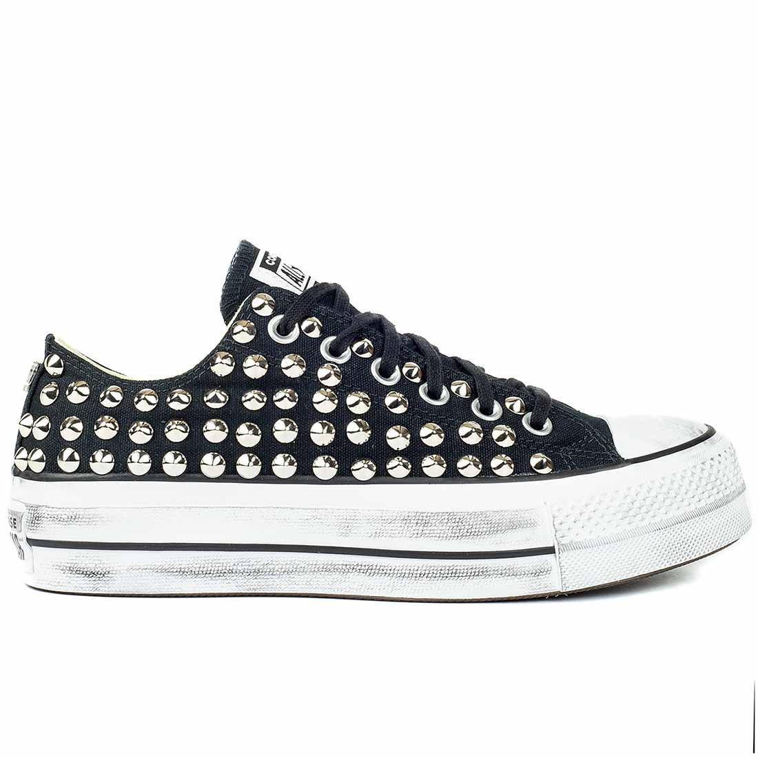 All star con borchie basse converse con la zeppa colore nero custom by Racoon-LAB