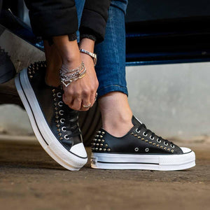 scarpe converse all star basse borchiate in pelle nera