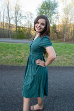 Load image into Gallery viewer, Sofia Midi Dress in Green