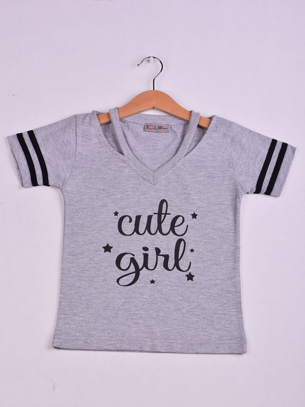 Top: Grey Chine: Cute Girl Big Dreams