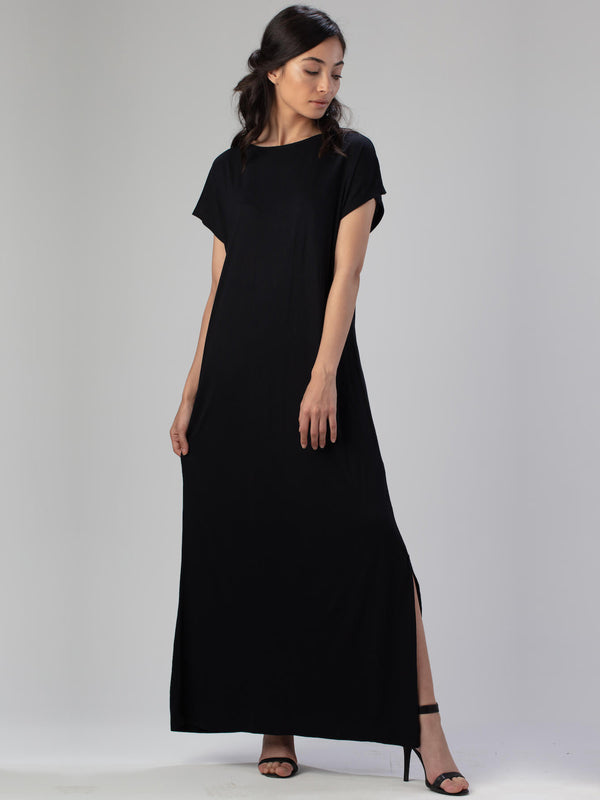 ESSENTIAL T-Shirt Dress